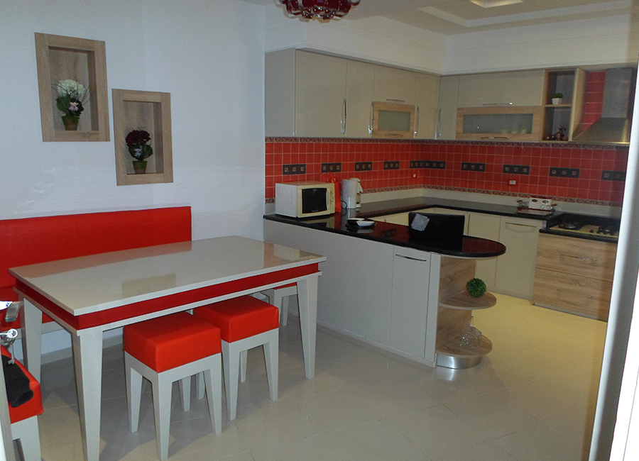 Cuisine table meubles k libia messelmani for Meuble kelibia